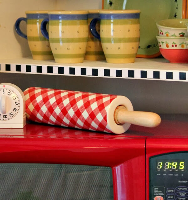 Checkered Rolling Pin & More Kitchen Shots