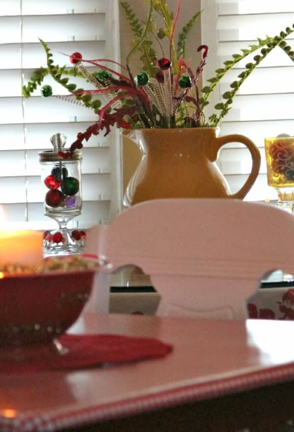 Frugal Decorating For The Holidays