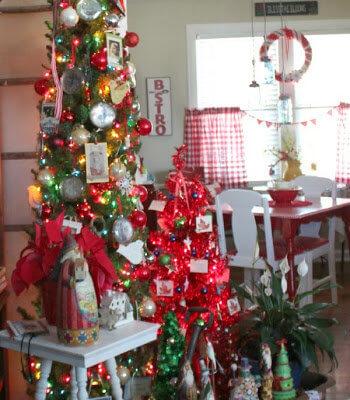 A Farmhouse Themed Christmas