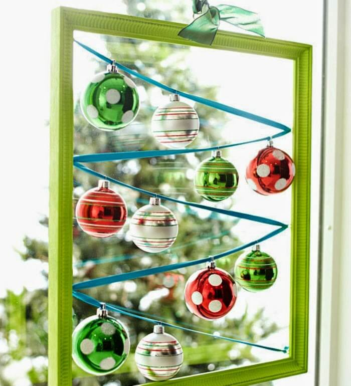 Small Space Decor For The Holidays