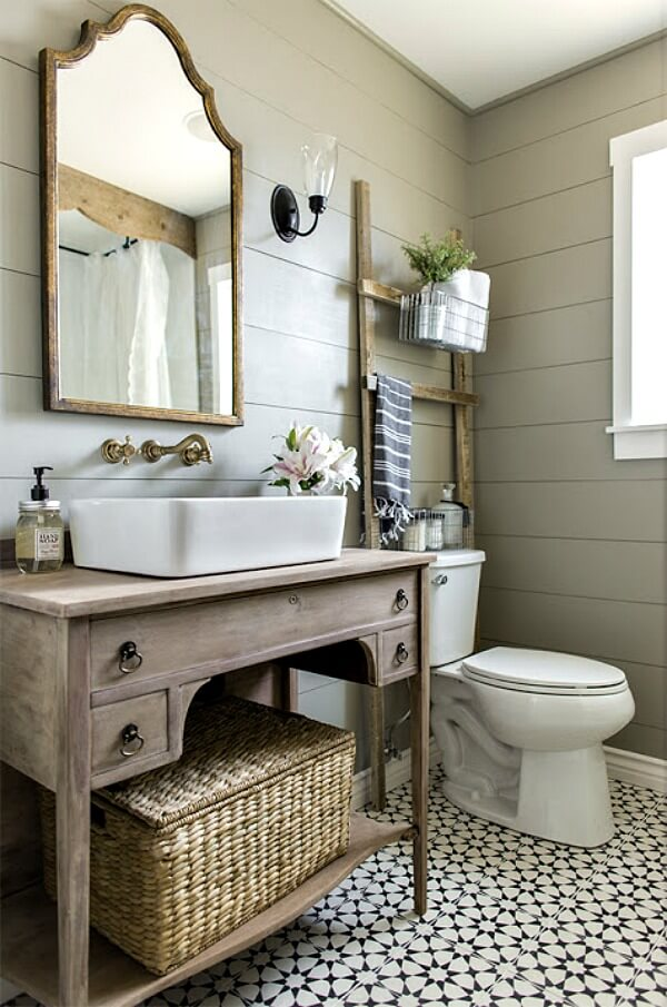 10 Classy Eclectic Bathrooms - Cozy Little House