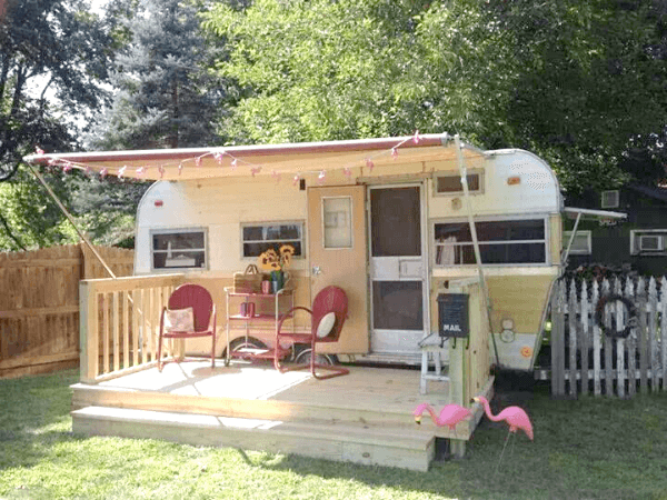 Living Simply Part 1 Vintage Trailers 183 Cozy Little House