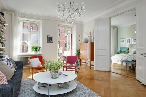 A Colorful Scandinavian Apartment