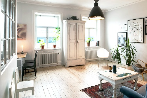 A Small Apartment In Sweden