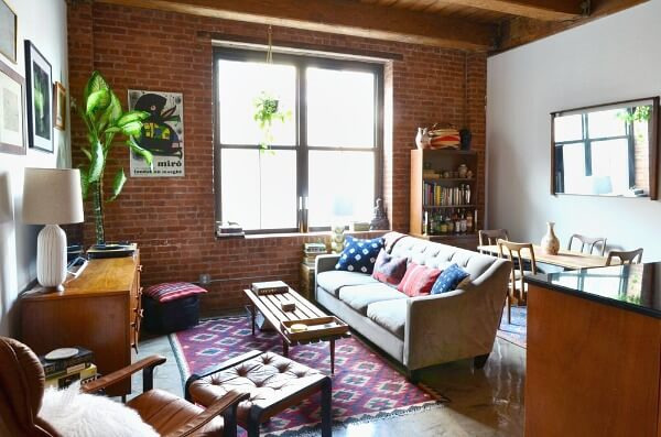 A Studio Apartment In Brooklyn · Cozy Little House
