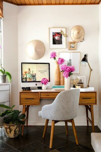Best Ways To Create A Home Office In Small Spaces