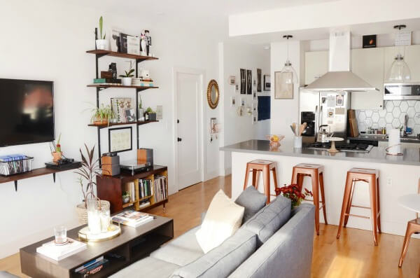 A Small Apartment In Oakland