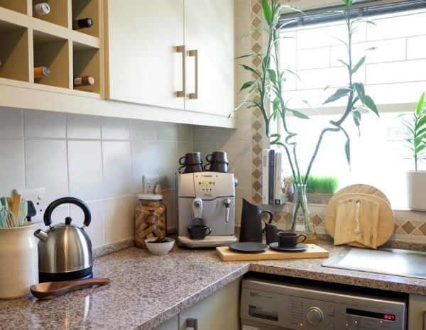 Apartment in cape town south africa cozy little house for Kitchen lights cape town