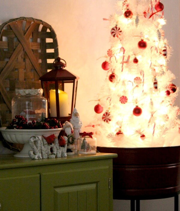 last year i put up my green tree i also have a red one all small table top trees appropriate for apartment living - Decorating My Apartment For Christmas