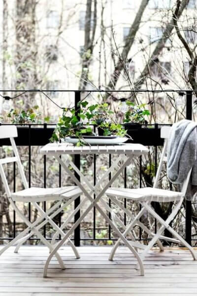 Decorating Your Small Balcony