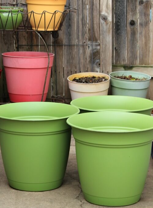 These Pots Are 20 Inches In Diameter. They Also Come In Blue. They Were  $9.98 Each.