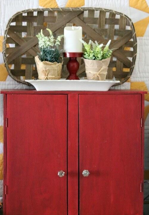 Red cupboard vignette