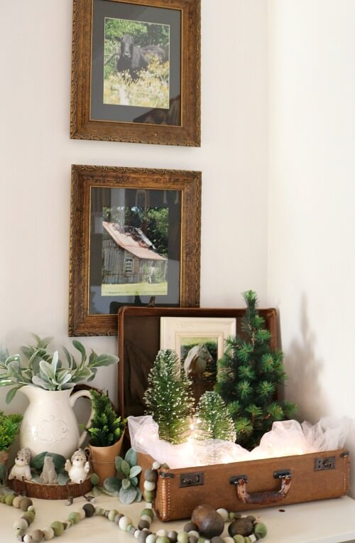 winter decor scene vignette