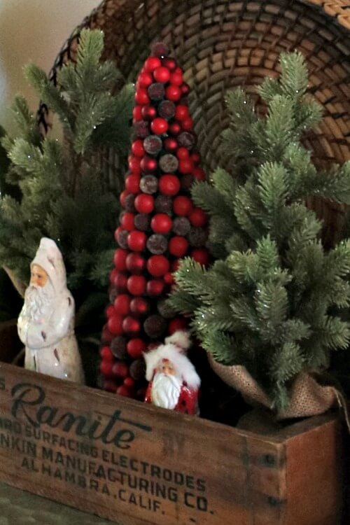 A Christmas Vignette &  There Will Be A Boho Tree