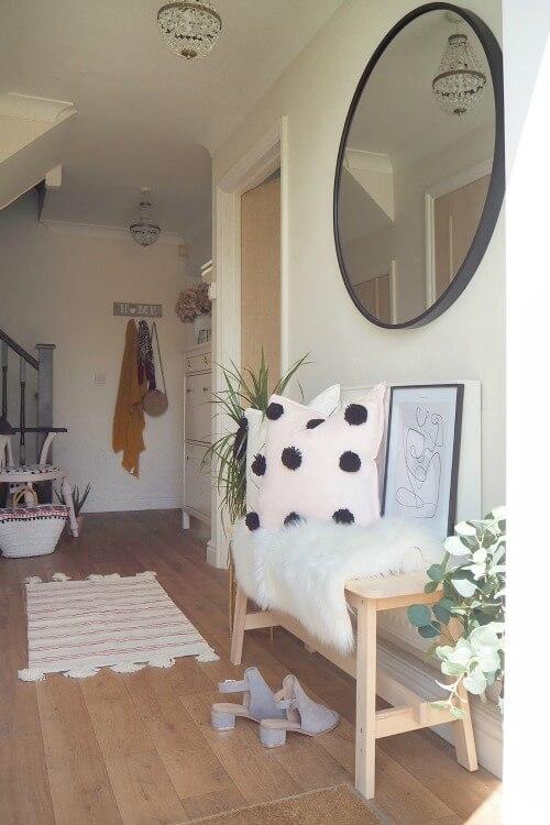 Living Large In Little Houses: Sam's UK Home