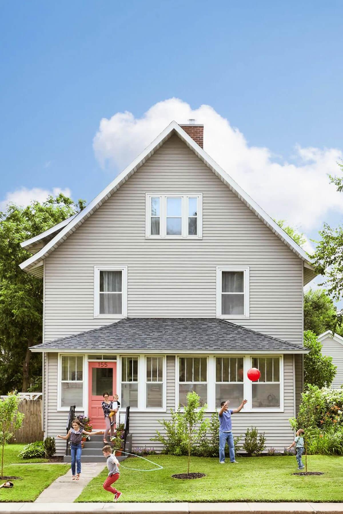 Renovated & Budget Friendly Farmhouse