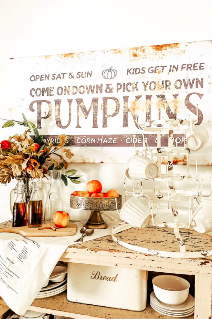 Fall decor from Itty Bitty Farmhouse for New & Notable Mentions